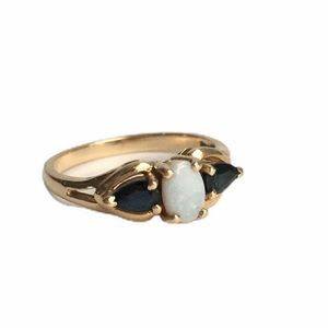Vintage 14K Gold Opal & Sapphire Ring